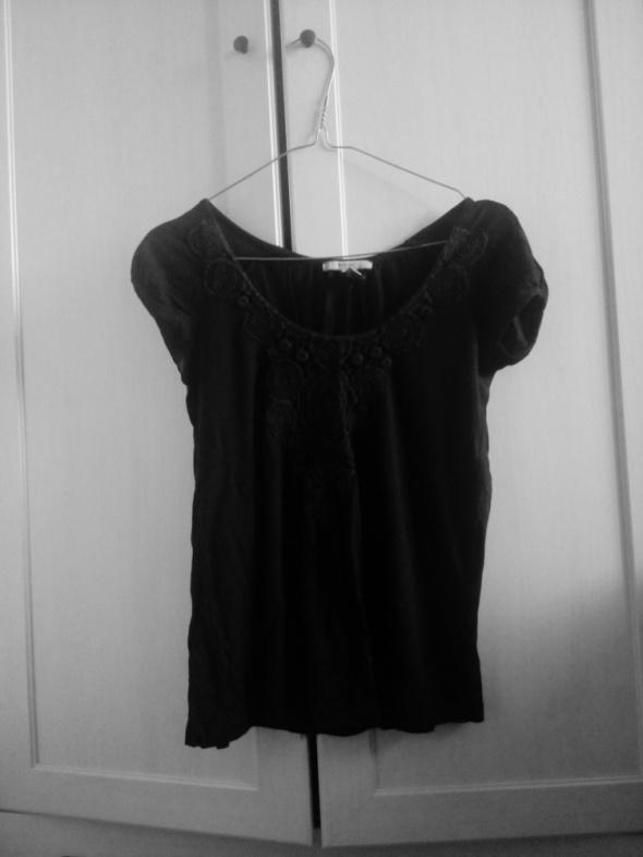 Czarna bluzka Haft Mango