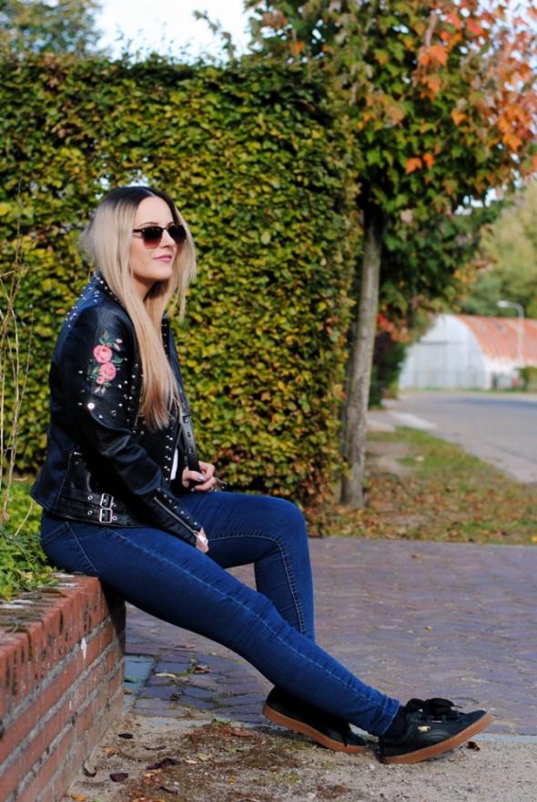 Blogerek rockowa ramoneska w folkowym stylu