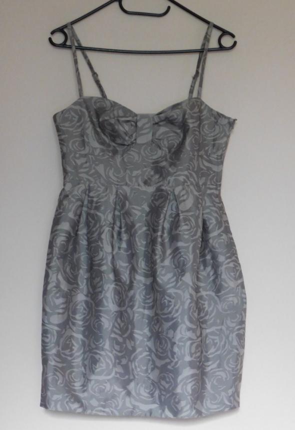 H&M sukienka kwiaty beż nude 36