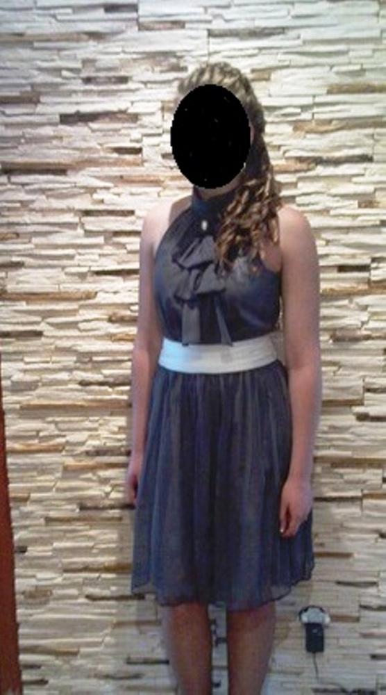 Piękna elegancka sukienka