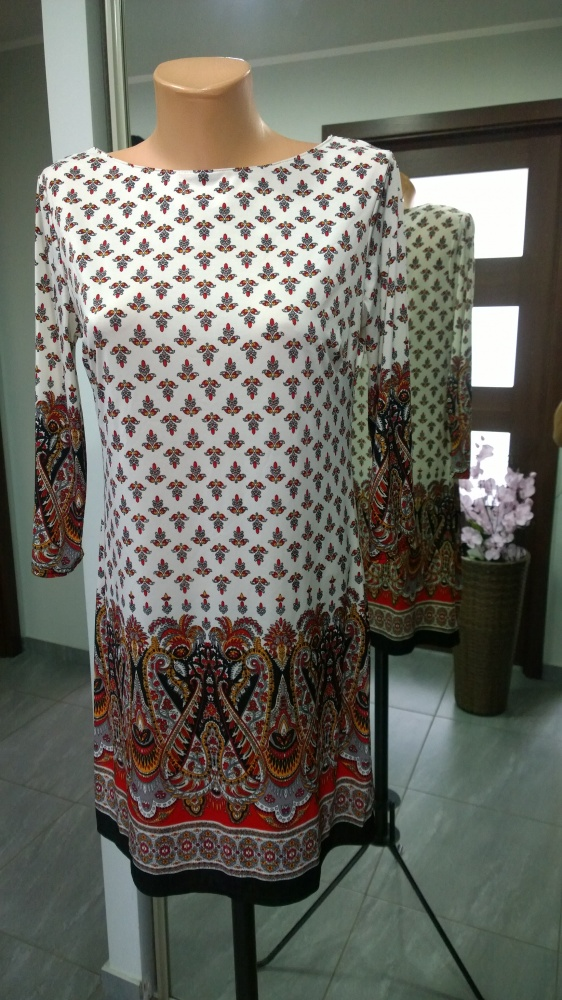 sukienka wzorzysta