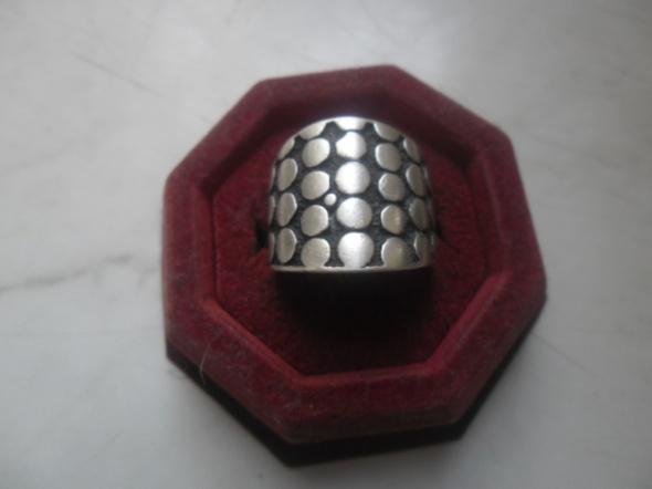 Srebrny szeroki oksydowany pierścionek 8 gr