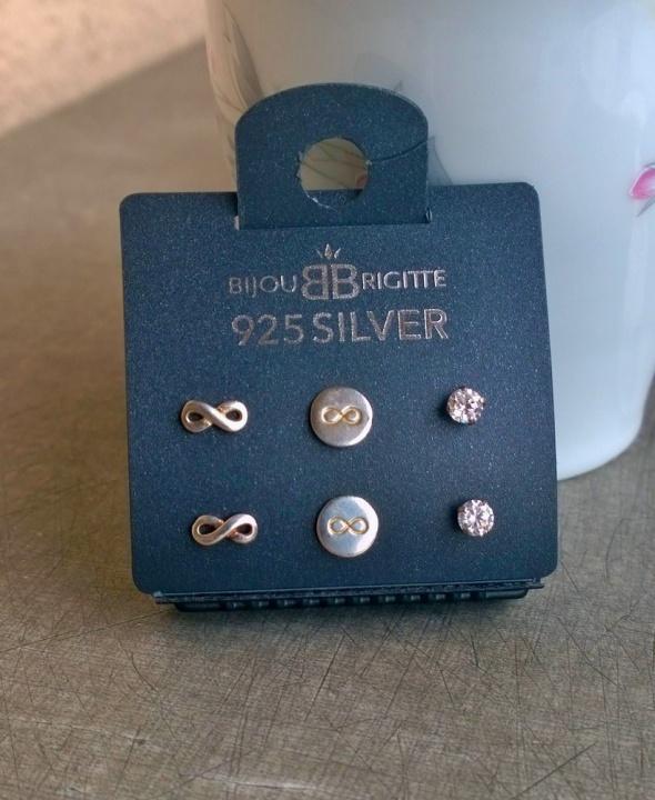 Kolczyki Bijou Brigitte NOWY Zestaw srebrnych 925 kolczyków wkrętek infinity