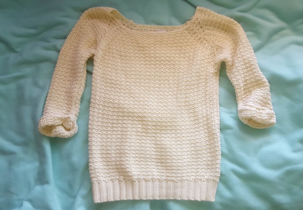 sweterek beżowy biały Reserved M idealny stan