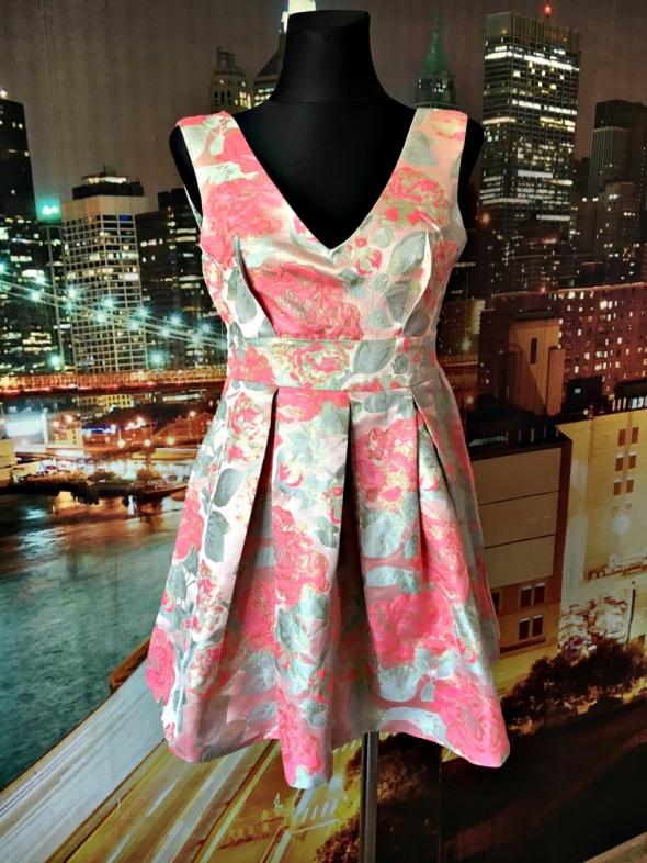 pink soda sukienka princeska mieniąca się na złoto 38 M