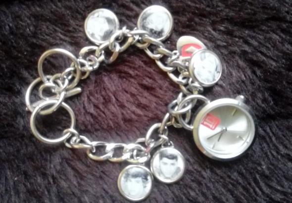 One Direction bransoletka z zegarkiem i wizerunkiem piosenkarzy