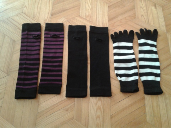 2x rękawki rękawiczki bez palców czarne i fioletowo czarne Clockhouse