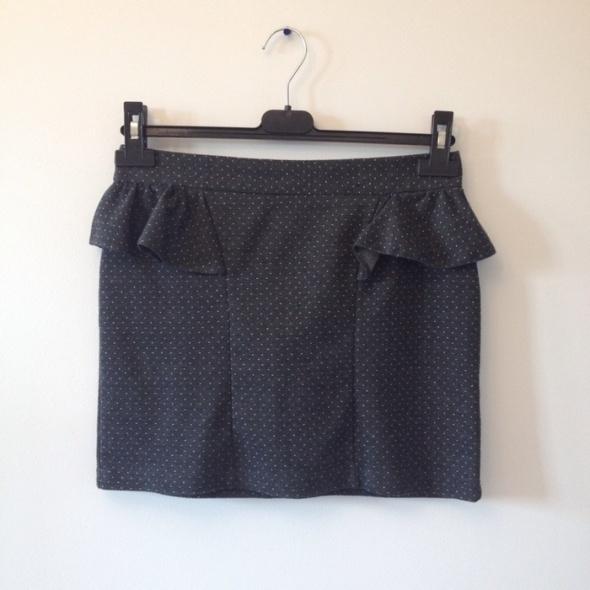 spódniczka kropki s czarna mini