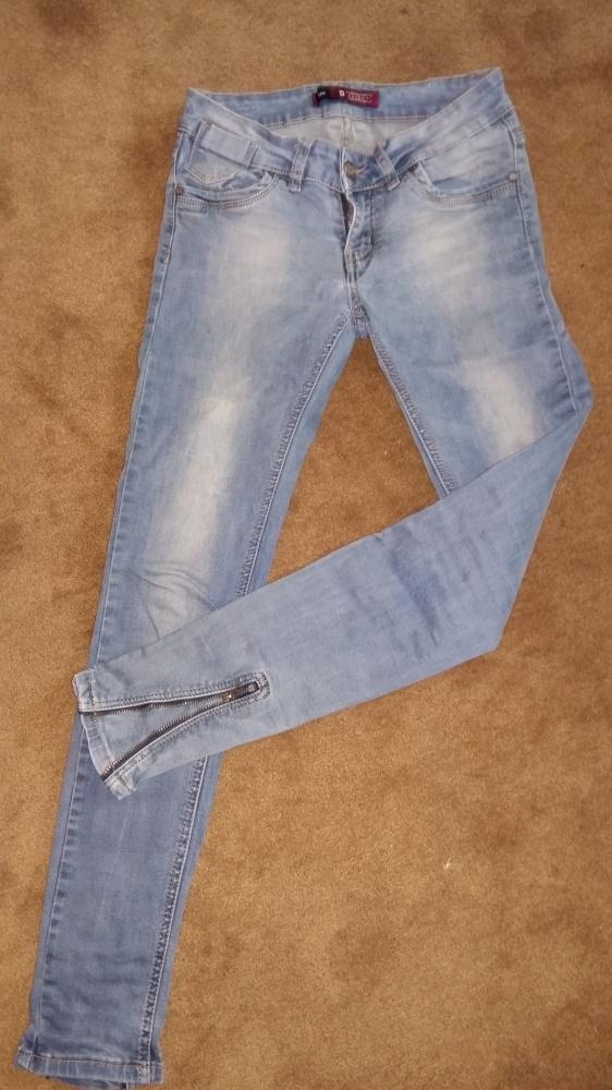 Ubrania Jeansy rurki z suwakami na nogawkach W31L34