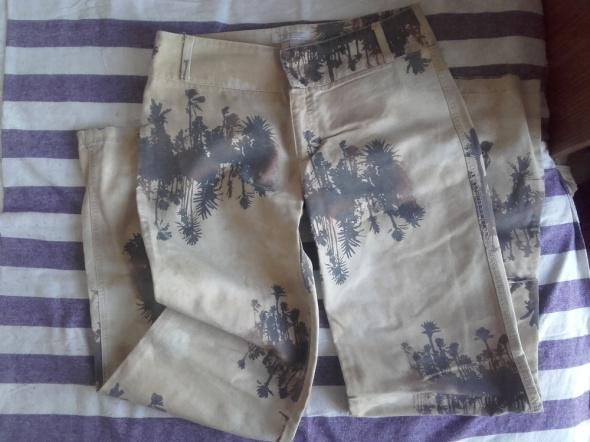 Jeansy dzwony ZARA w palmy bardzo oryginalne nieużywane na wyso...