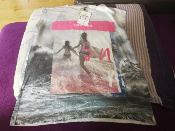 T-shirt Bluzka cropp