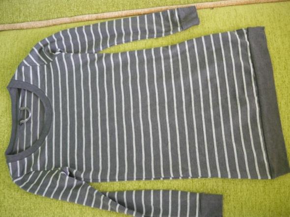 Szara bluzka w paski...