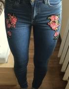 Wyprzedaż jeansy reserved flowers...