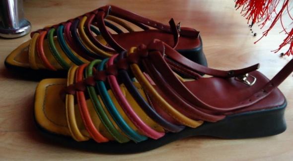 Sandałki rzymianki gladiatorki kolorowe paski idealne na lato 36 jak nowe