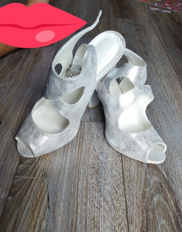 Polskie srebrne buty CAVANI