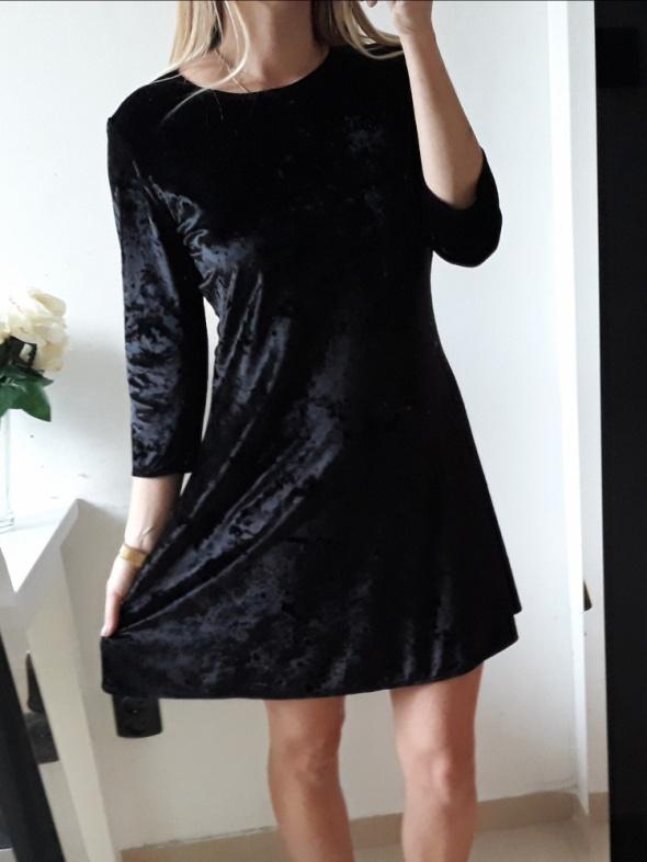 Next Sukienka mała czarna lekko rozkloszowana L