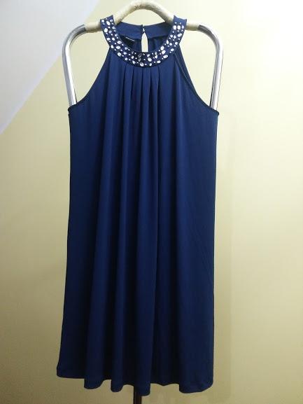 71a10726ea sukienka z dżerseju z ozdobnymi kamieniami w Suknie i sukienki ...