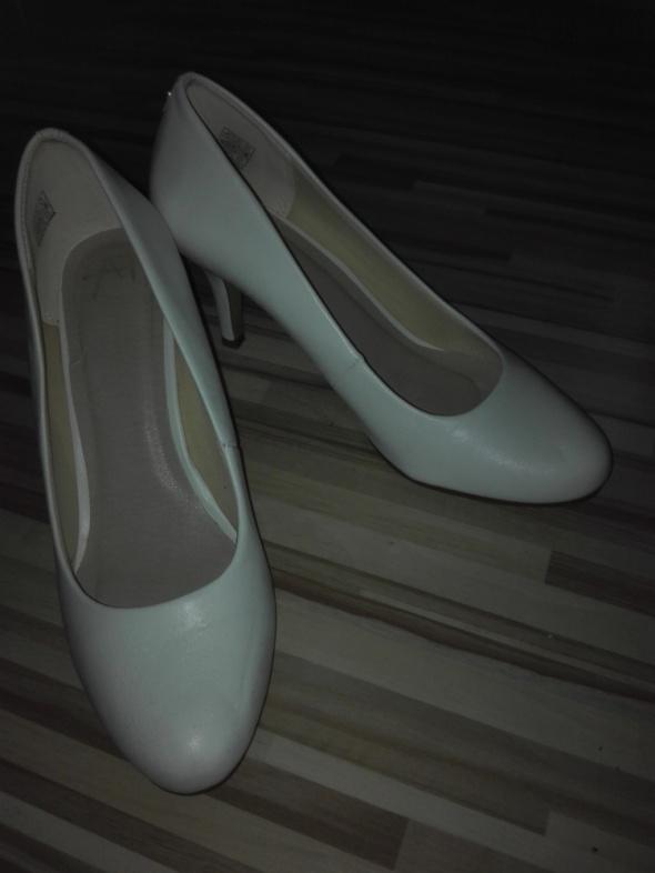 białe buty anna field 39