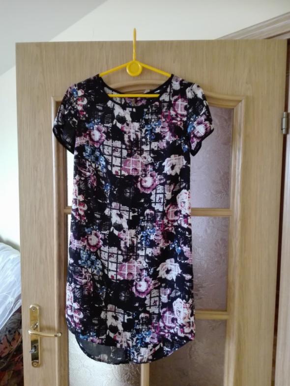 Suknie i sukienki Modna koktajlowa sukienka w kwiaty o luźnym kroju Rozmiar 34