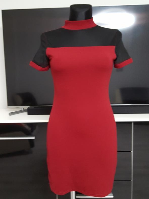 bordowo czarna sukienka z tiulem