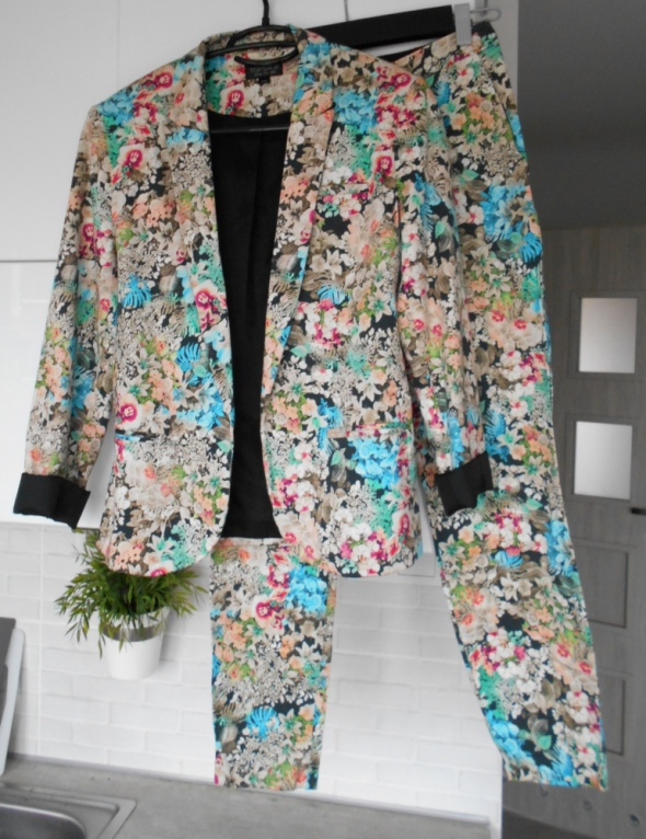 Topshop kwiatowy garnitur komplet kwiaty floral...