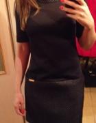 Nowa mała czarna M sukienka na krótki rękaw...