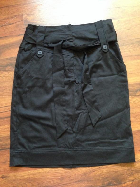 Spódnice Czarna spódnica F&F