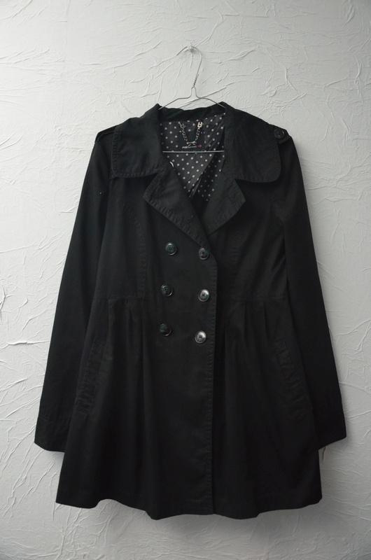 Fishbone płaszcz czarny trencz rozkloszowany dwurzędowy klasycz...