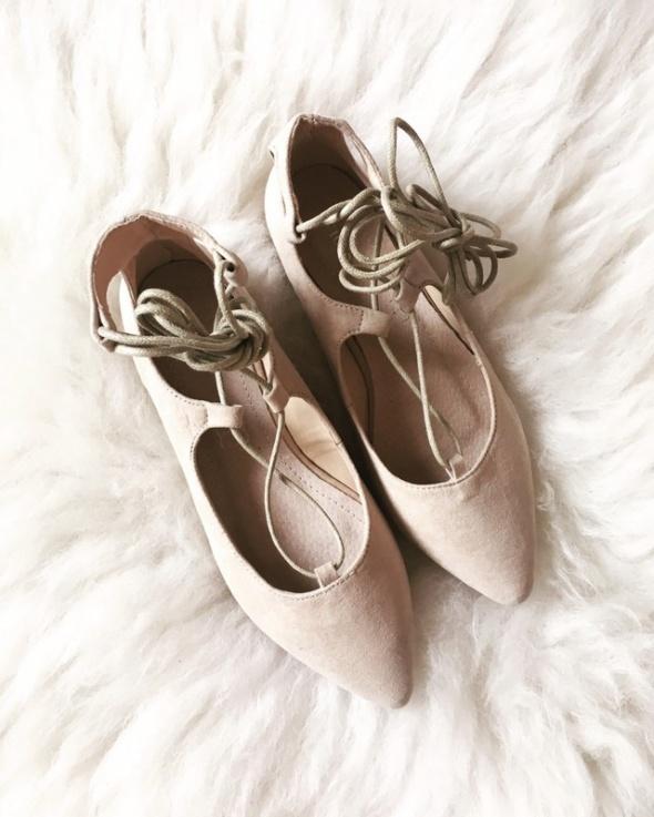 Beżowe baleriny Kendall 37 Nowe...