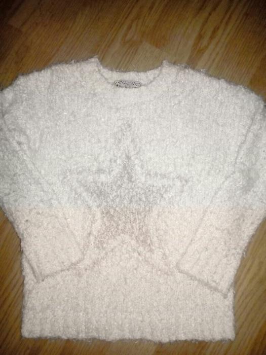 Sweterek r 7 lat...