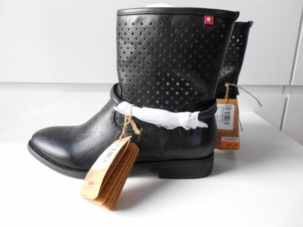 Botki Botki BigStar roz 39 czarne ażurowe Nowe