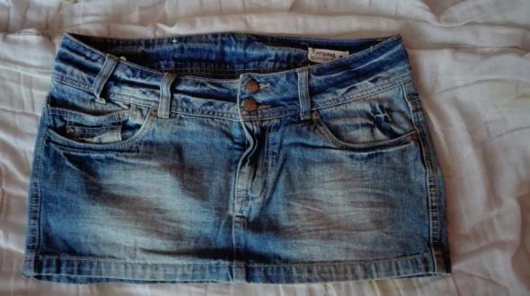 Jeansowa mini spódniczka Terranova M