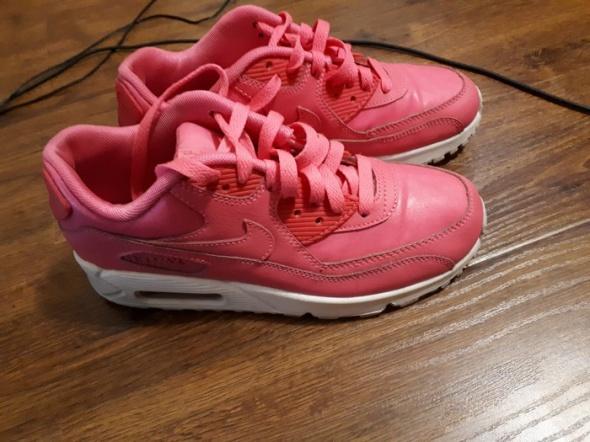 Nike air jordan 375 buty różowe w Sportowe Szafa.pl