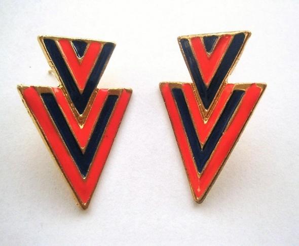 kolczyki niebieskie czerwone zielone trójkąty