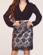 Elegancka sukienka koronka szyfon...