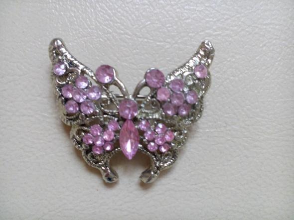 Broszka motyl różowe cyrkonie nowa