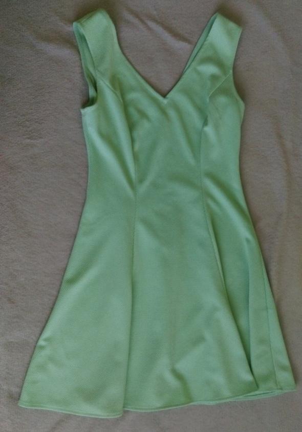 miętowa sukienka...