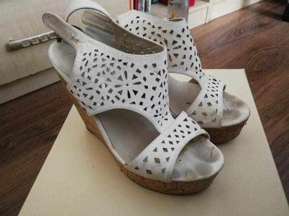 Wygodne sandały...
