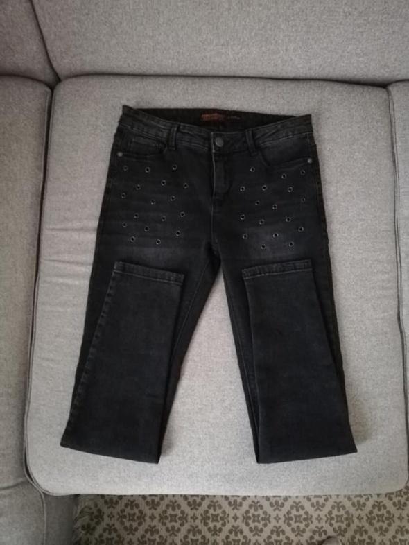 NOWE C&A ciemne jeansy rurki super skinny z nitami...