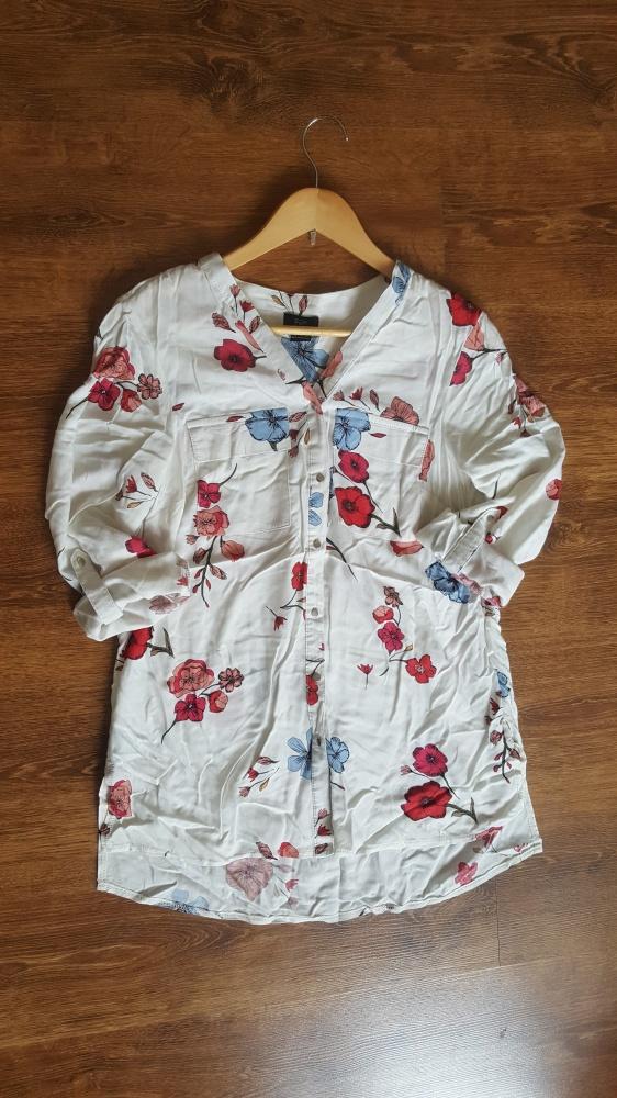 Koszula w kwiaty F&F...