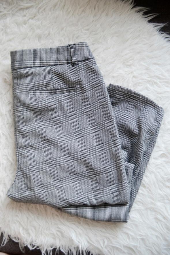 Szare spodnie w kratę proste cygaretki hit 36 S