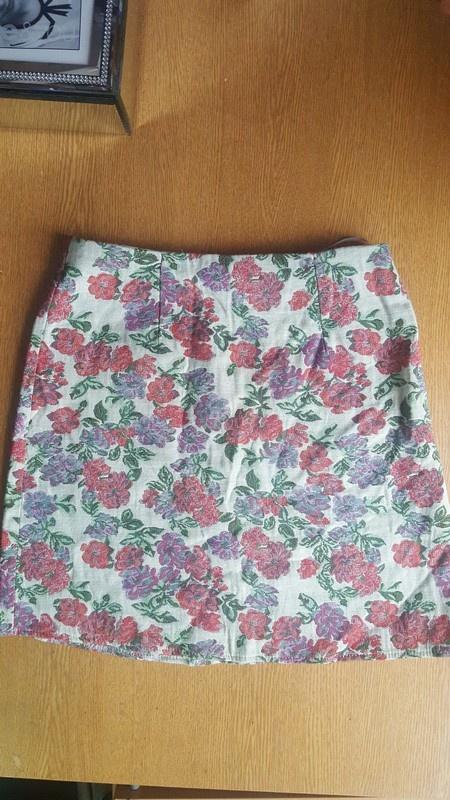 2c0b9422 Spodnica new look w kwiaty s w Spódnice - Szafa.pl
