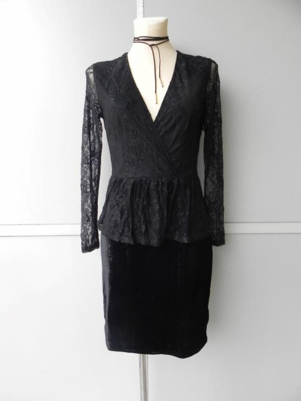 Life Time jesienna koronkowa welurowa sukienka 36