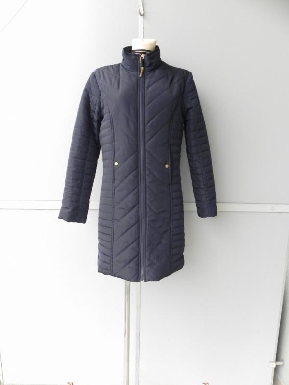 M&Co dłuższa pikowana bomberka kurtka wiosenno jesienna 38 uk 10