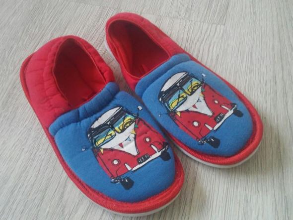 Nowe pantofle kapcie 28 29