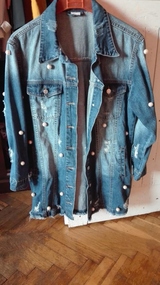 Jeansowa długa kurtka dziury perełki M