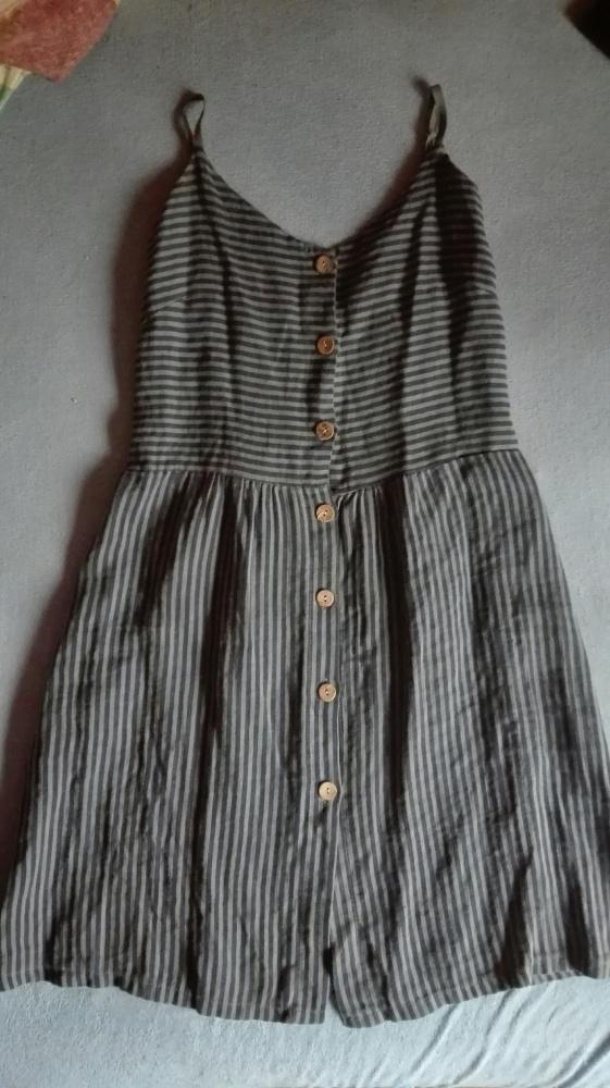Lniana sukienka w paski uniwersalna