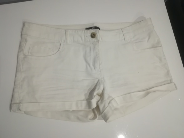 Spodenki białe spodenki jeansowe