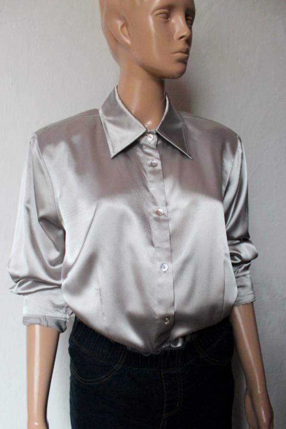 Srebrna atłasowa koszula na długi rękaw r 4XL...