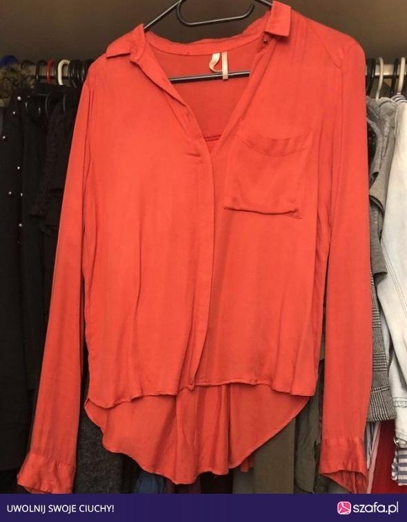 Wyprzedaż czerwona koszula bershka...